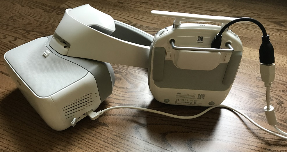 DJI-Goggles-HDMI-Cable-Connected.jpg