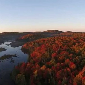 DJI Phantom 2 Vision + Paysage d'automne, Quebec, CANADA - YouTube