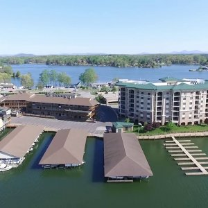 Bridgewater Plaza Drone footage Smith Mountain Lake. Spring Day